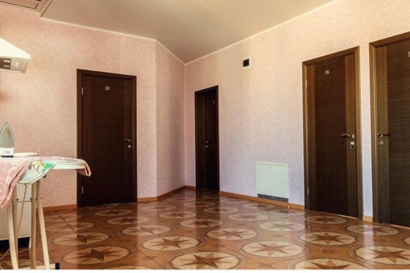 стандартный четырех местный номер, улица Богдана Хмельницкого, 55/1, Адлер - Фотография 1