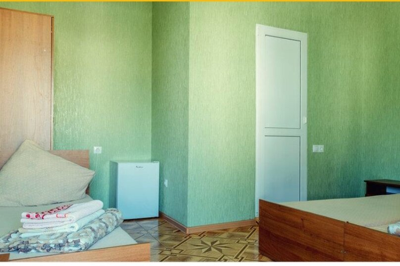 стандартный четырех местный номер, улица Богдана Хмельницкого, 55/1, Адлер - Фотография 9