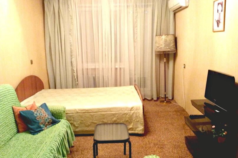 1-комн. квартира, 32 кв.м. на 4 человека, улица Пермякова, 56, Тюмень - Фотография 12