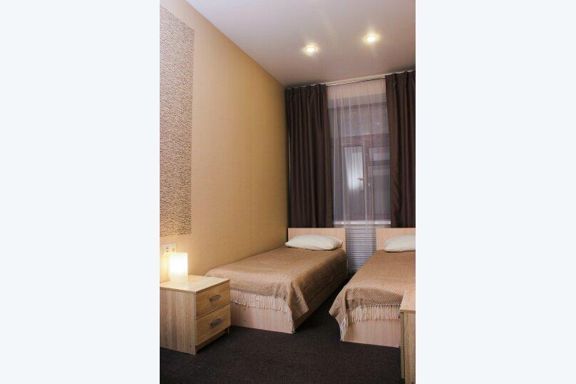 Стандартный двухместный номер с 2 кроватями, Галерная улица, 55, Санкт-Петербург - Фотография 3