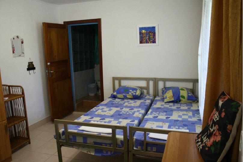 Трёхместный комфорт с собственной ванной комнатой, Садовая улица, 28, Береговое, Феодосия - Фотография 1
