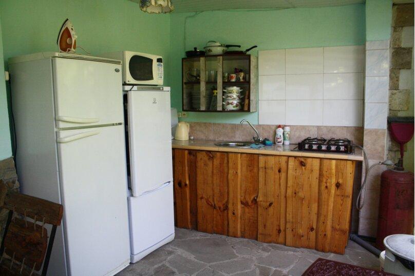 Отдельный трёхместный номер с собственной ванной комнатой., Садовая улица, 28, Береговое, Феодосия - Фотография 10