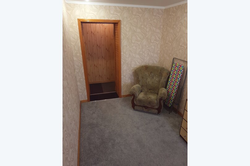 2-комн. квартира, 49 кв.м. на 5 человек, улица Кирова, 31, Керчь - Фотография 5