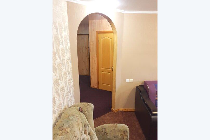 2-комн. квартира, 49 кв.м. на 5 человек, улица Кирова, 31, Керчь - Фотография 15