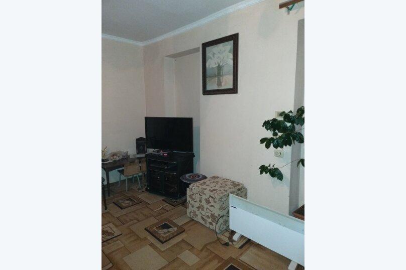 3-комн. квартира, 65 кв.м. на 5 человек, улица Абазгаа, 63/2, Гагра - Фотография 3