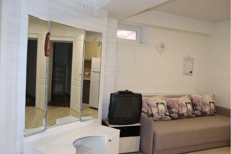 Отдельная комната, улица Ивана Франко, 16А, Евпатория - Фотография 7