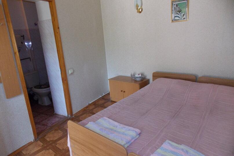 Двухместный 2-й этаж, Русская улица, 12, Феодосия - Фотография 2
