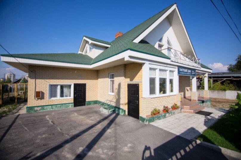 """Гостевой дом """"Ламберт"""", улица Качинцев, 94А на 11 комнат - Фотография 2"""