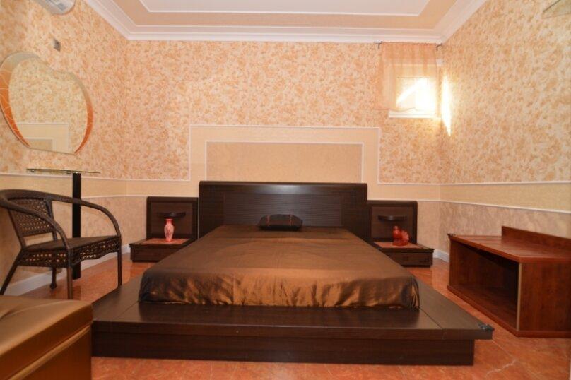 """2-комнатный номер """"Престиж"""", улица Бедненко, 57, Рыбачье - Фотография 2"""