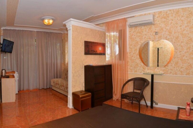 """2-комнатный номер """"Престиж"""", улица Бедненко, 57, Рыбачье - Фотография 3"""