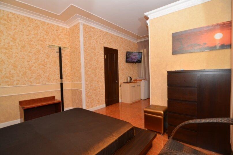 """2-комнатный номер """"Престиж"""", улица Бедненко, 57, Рыбачье - Фотография 4"""