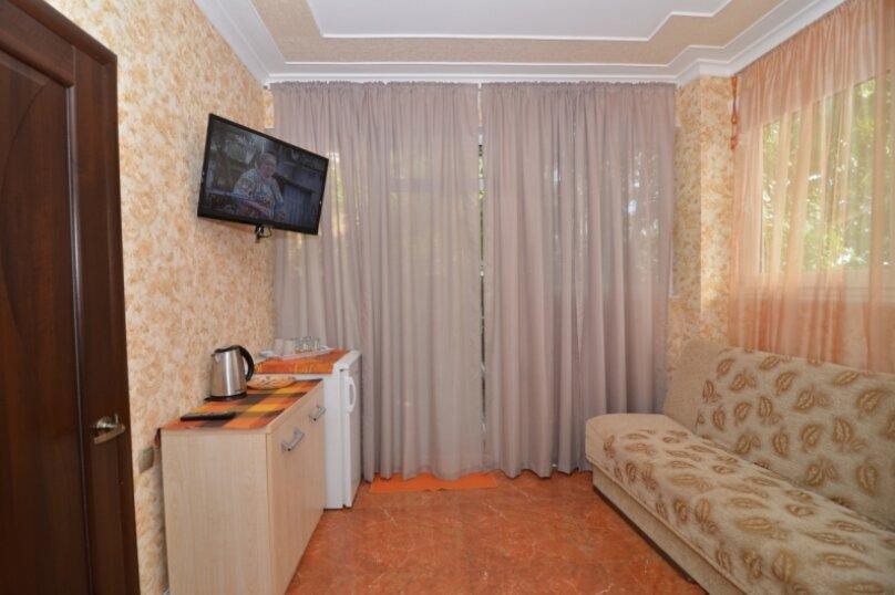 """2-комнатный номер """"Престиж"""", улица Бедненко, 57, Рыбачье - Фотография 5"""