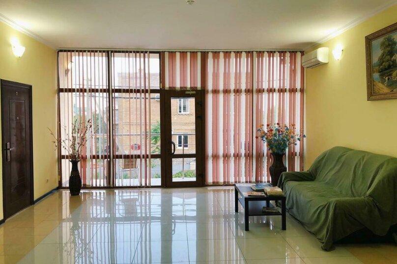 """Гостевой дом """"Альянс"""", улица Адмирала Проценко, 4 на 17 комнат - Фотография 8"""
