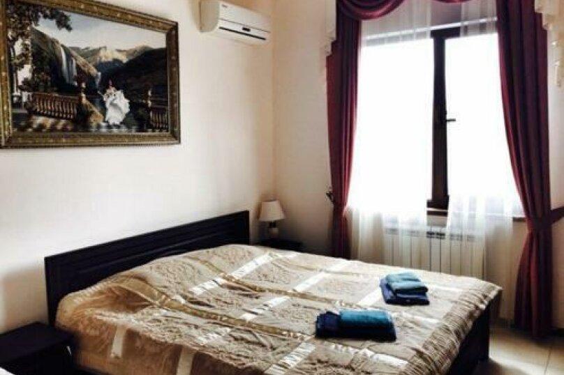 Полулюкс 4х местный, улица Адмирала Проценко, 4, Тонкий мыс, Геленджик - Фотография 1