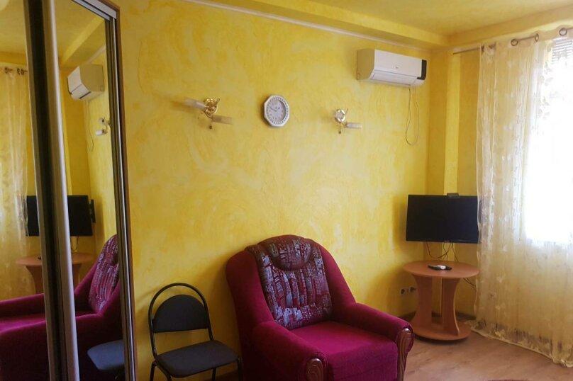 Комната 1 на первом этаже , улица Руданского, 19, Ялта - Фотография 1