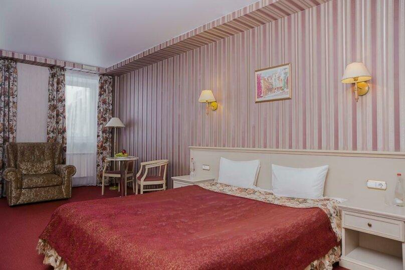 """Двухместный номер """"Комфорт"""" с 1 кроватью, улица Осипенко, 3, Самара - Фотография 2"""