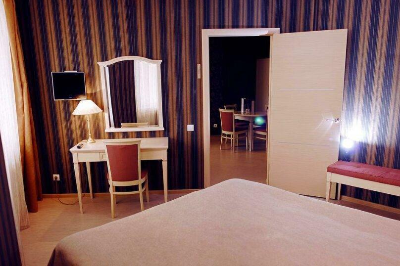 "Гостиница ""Best City Hotel"", улица Осипенко, 3 на 28 комнат - Фотография 3"