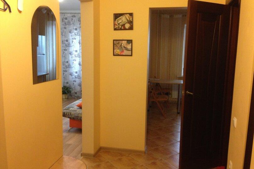 1-комн. квартира, 34 кв.м. на 4 человека, сержанта коротаева, 1, Новосибирск - Фотография 2