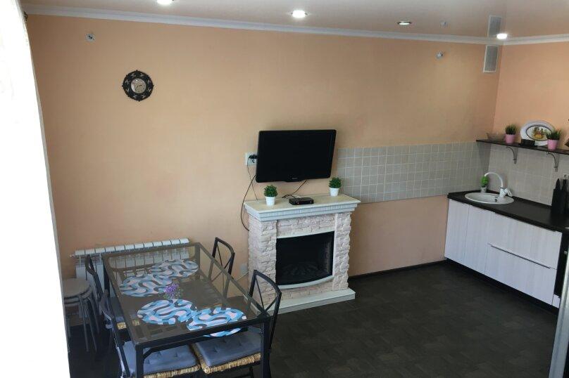 Бунгало, 100 кв.м. на 6 человек, 2 спальни, улица Гагарина, 15 к 1, Банное - Фотография 12