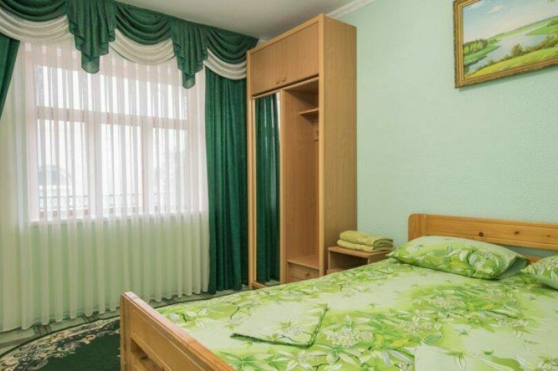 Улучшенный 2-х местный номер с одной двуспальной кроватью, улица Юго-Западная, 2, Судак - Фотография 1