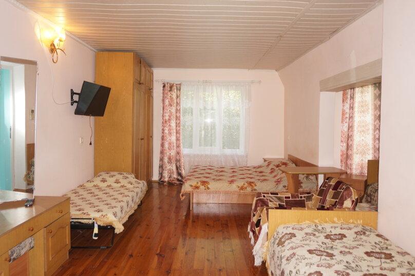 """Гостевой дом """"Приморский"""", улица Бусина, 2 на 12 комнат - Фотография 28"""