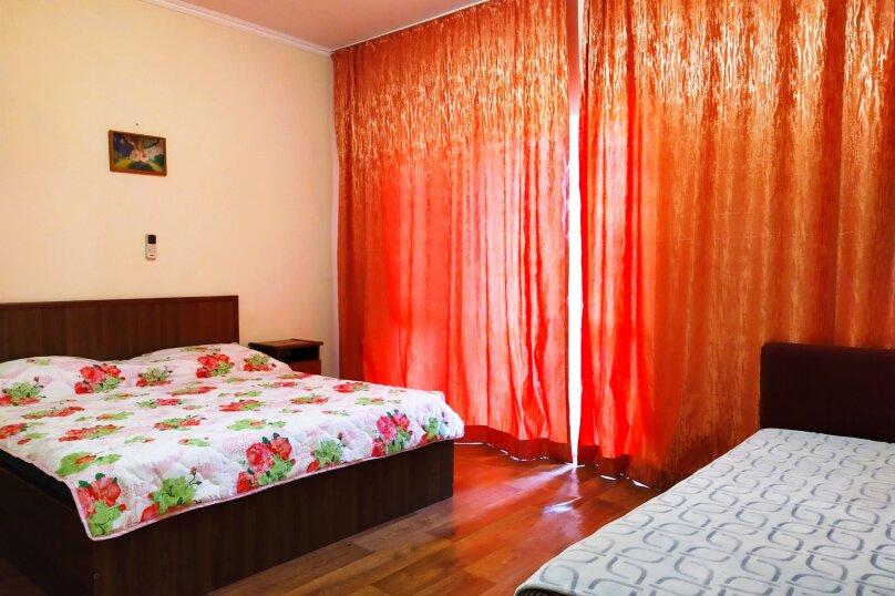 Трёхместный с удобствами, Ковропрядов, 11, район Ачиклар, Судак - Фотография 1