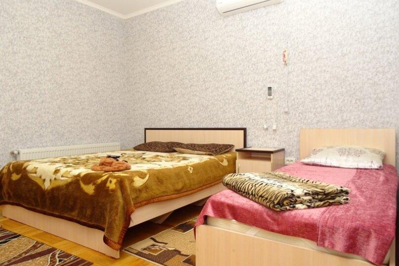 Семейный двухкомнатный номер с удобствами, Ковропрядов, 11, район Ачиклар, Судак - Фотография 1