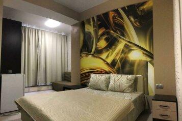 Апартаменты в Арт-Бухте, улица Сенявина, 2 на 3 номера - Фотография 1