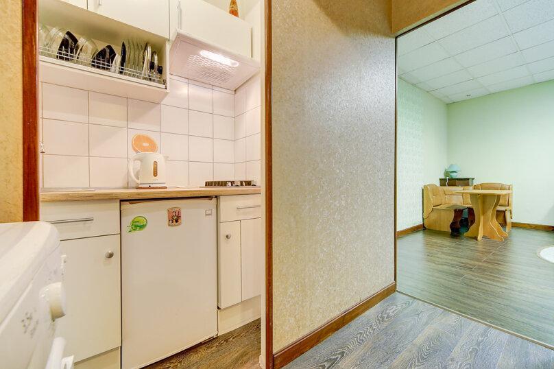 2-комн. квартира, 45 кв.м. на 4 человека, набережная канала Грибоедова, 33, Санкт-Петербург - Фотография 2