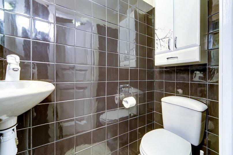 2-комн. квартира, 45 кв.м. на 4 человека, набережная канала Грибоедова, 33, Санкт-Петербург - Фотография 15