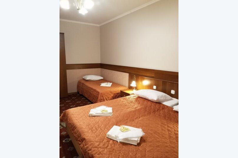 Трехместный номер эконом с общей ванной комнатой, Шипиловский проезд, 39к2, Москва - Фотография 4