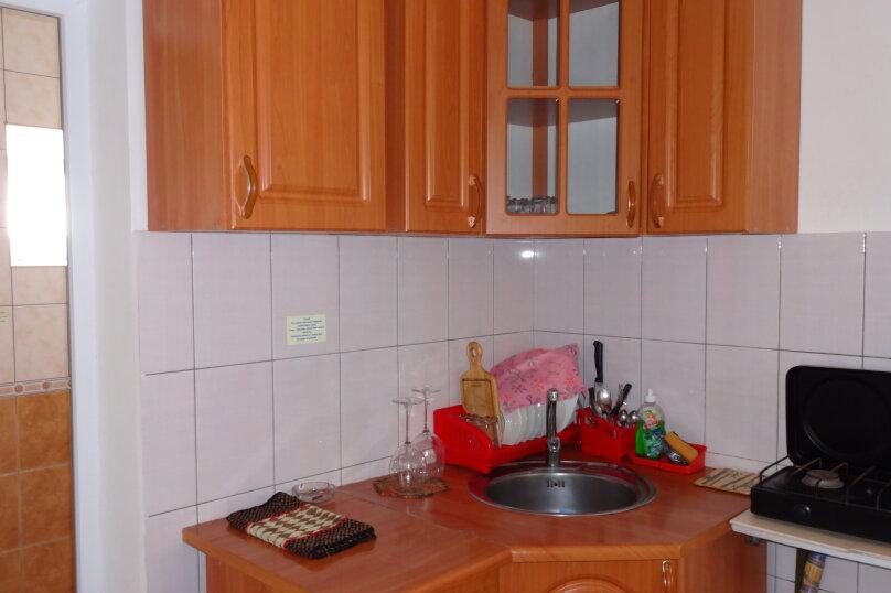 Люкс №3 на 1-м этаже с кухней, квартал Миндальный, 21, Новый Свет, Судак - Фотография 6