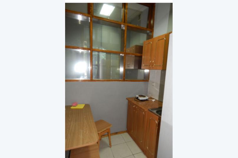Квартира в первой линии от моря, Революционная улица, 12 на 1 номер - Фотография 11