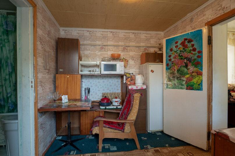 Пол дома под ключ, 37 кв.м. на 5 человек, 2 спальни, Ростовская улица, 219, Ейск - Фотография 18
