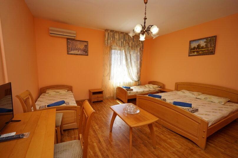 Отдельная комната, улица Одоевского, 47, Лазаревское - Фотография 1