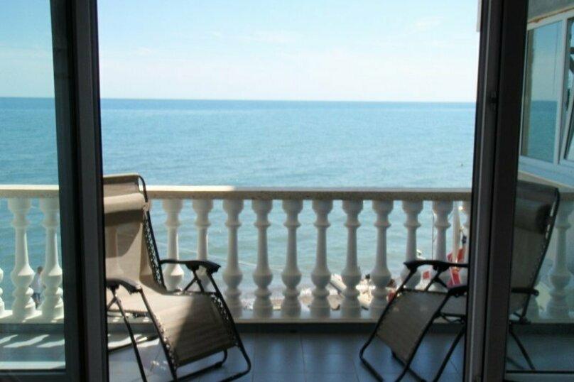 Стандарт 2-местный с балконом на море, Виноградная улица, 1Д, Малореченское - Фотография 5
