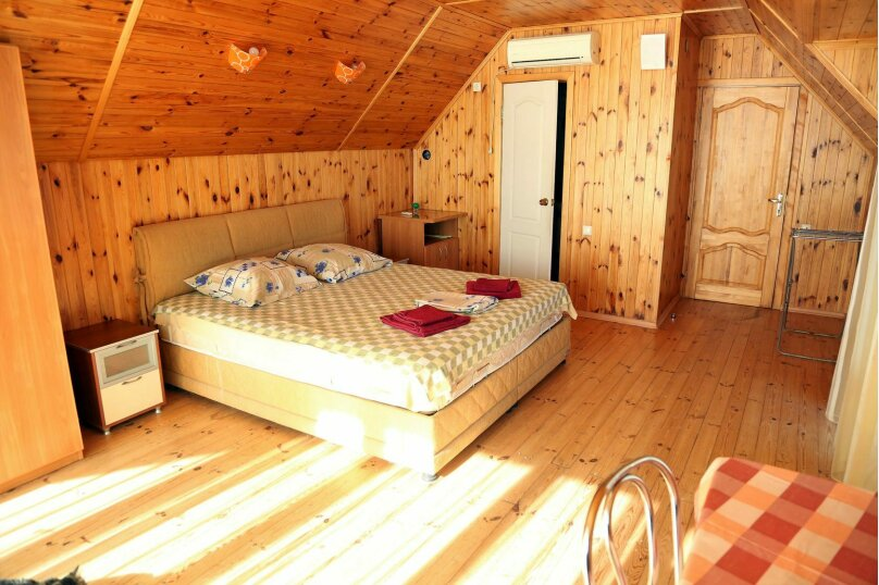 Семейный 2-комнатный 4-местный с балконом на море, Виноградная улица, 1Д, Малореченское - Фотография 1
