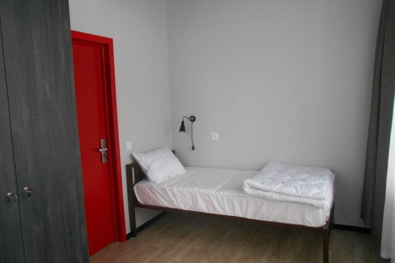 2-хместный номер с удобствами, Взлётная улица, 7Ж, Красноярск - Фотография 1