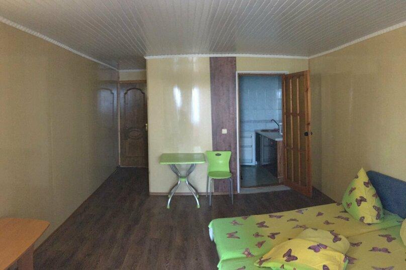 """Гостевой дом """"На Набережной 1"""", Набережная улица, 1 на 3 комнаты - Фотография 15"""