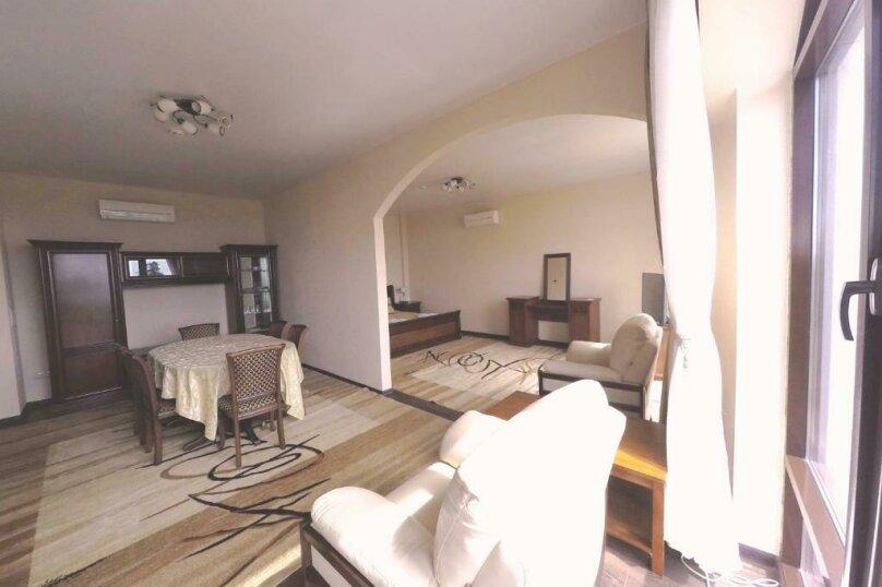 411 номер люкс 2х комнатный 2х местный, улица Когония, 63, Сухум - Фотография 6