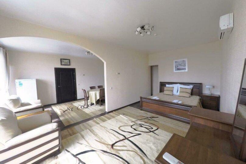 411 номер люкс 2х комнатный 2х местный, улица Когония, 63, Сухум - Фотография 7