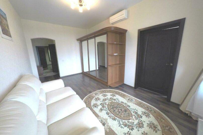 411 номер люкс 2х комнатный 2х местный, улица Когония, 63, Сухум - Фотография 9