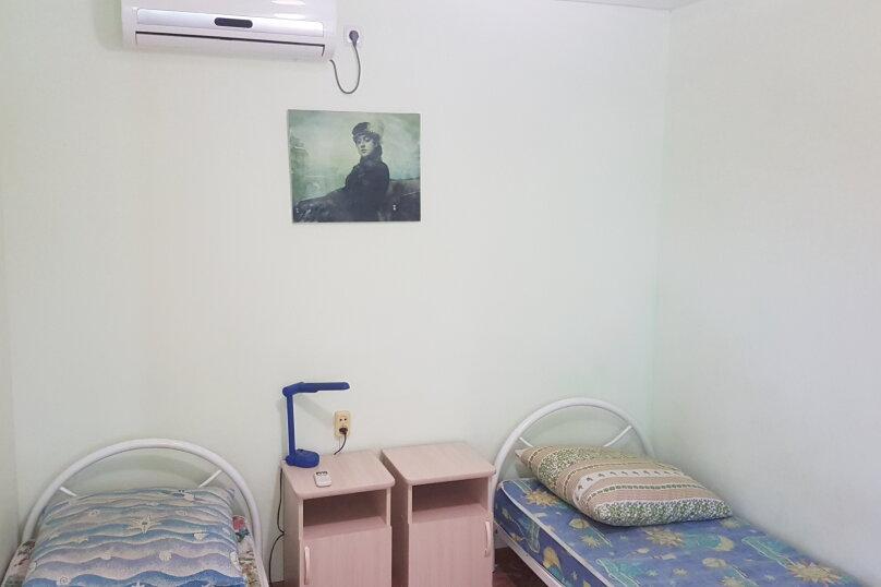Номера:Двухместные 2-ой этаж.(кол-во:2), улица Седина, 9, Ейск - Фотография 18