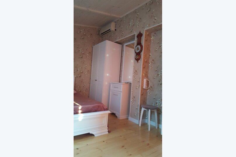 Деревянный двухэтажный домик в стиле Прованс в Лазаревском, 80 кв.м. на 7 человек, 2 спальни, улица Калараш, 70А, Лазаревское - Фотография 6