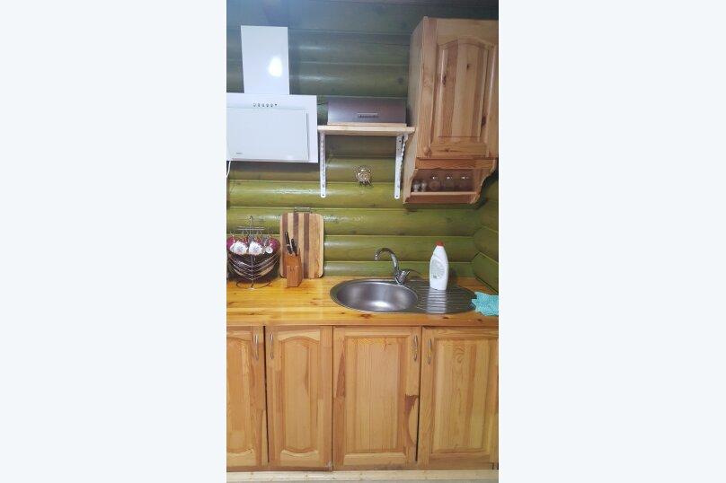 Деревянный двухэтажный домик в стиле Прованс в Лазаревском, 80 кв.м. на 7 человек, 2 спальни, улица Калараш, 70А, Лазаревское - Фотография 13