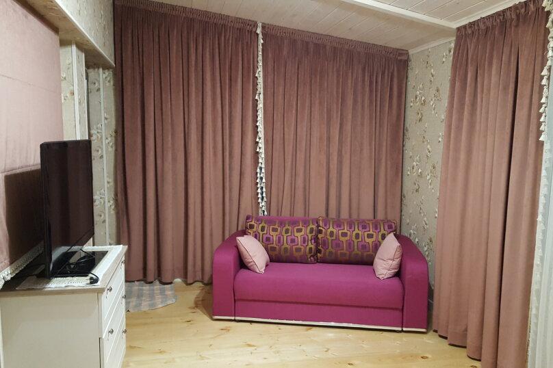 Деревянный двухэтажный домик в стиле Прованс в Лазаревском, 80 кв.м. на 7 человек, 2 спальни, улица Калараш, 70А, Лазаревское - Фотография 15