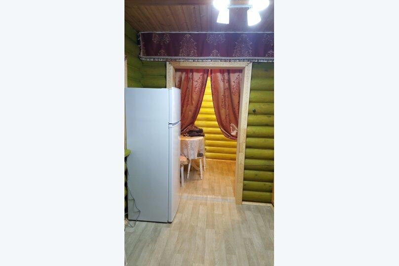 Деревянный двухэтажный домик в стиле Прованс в Лазаревском, 80 кв.м. на 7 человек, 2 спальни, улица Калараш, 70А, Лазаревское - Фотография 18