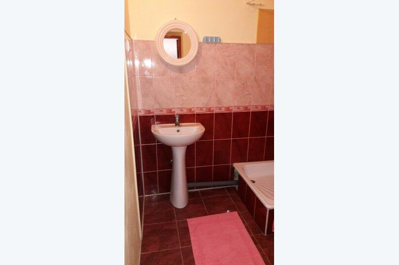 2 х комнатный Семейный с собственной ванной комнатой, Можжевеловая улица, 2, Судак - Фотография 2