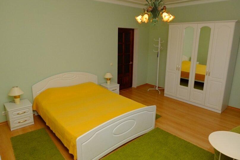 Люкс двухкомнатный малый, Десантная улица, 25Б, Геленджик - Фотография 1