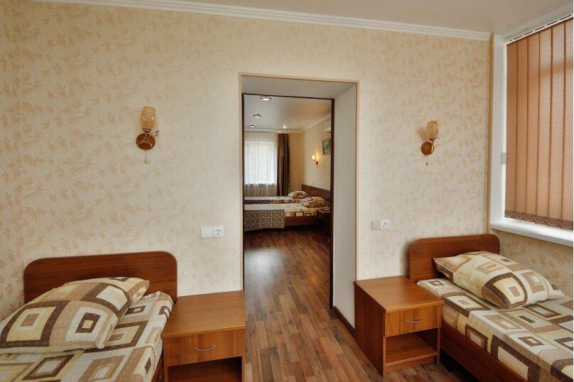 """Частный жилой дом """"Акватория"""", Пограничная, 7 на 9 комнат - Фотография 34"""